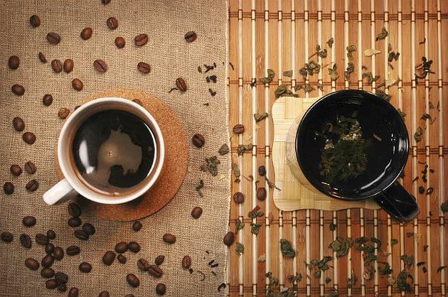 Uống trà và cà phê có thể giúp ngăn ngừa bệnh gan mãn tính