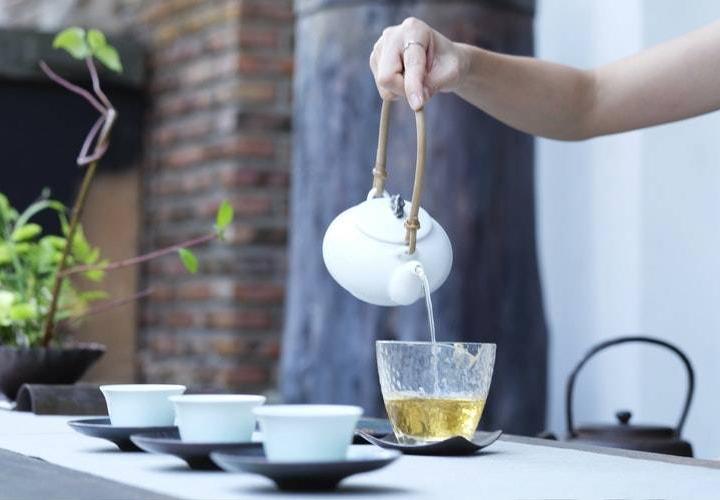 30 sự thật về khả năng chữa bệnh của trà xanh