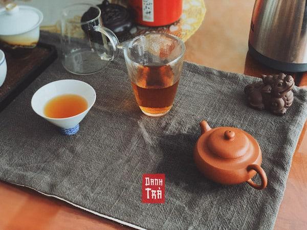 Hồng trà và lục trà: 5 điểm cơ bản để bạn dễ phân biệt 3