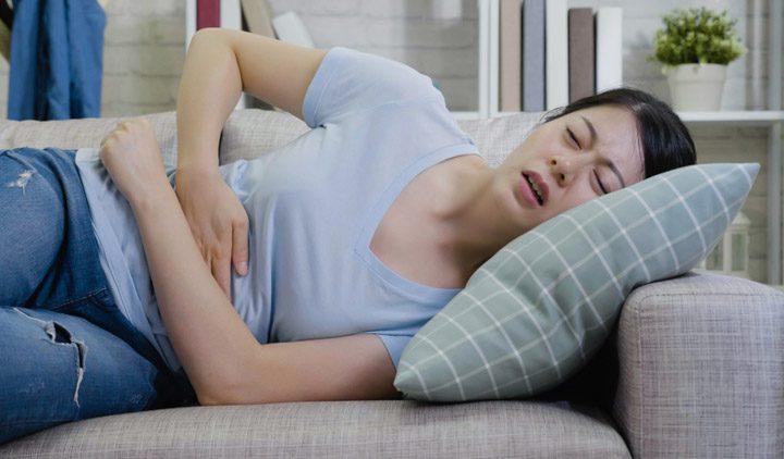 5 loại trà thảo mộc giúp bạn giảm đau bụng kinh cực nhanh