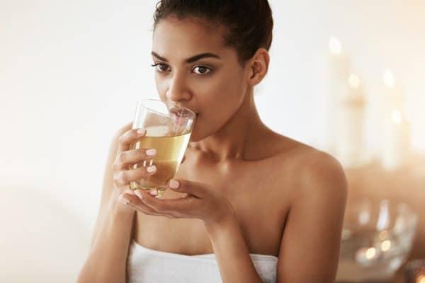 uống trà, uống trà đẹp da, uống trà trị mụn, uống trà giảm cân