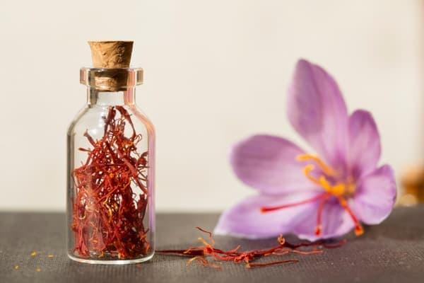 Saffron: 5 tác dụng của nhụy hoa nghệ tây